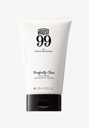 FACE WASH PUREFECTLY CLEAN 125ML - Detergente - -