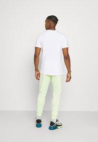 Nike Sportswear - TEE BRANDRIFF - Print T-shirt - white - 2