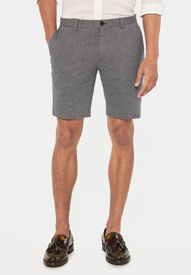 WE FASHION HEREN SLIM FIT SHORT MET DESSIN - Shorts - dark blue