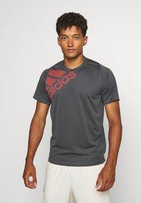 adidas Performance - T-shirt print - grey - 0