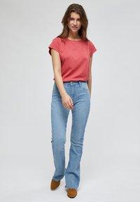 Minus - LETI - Basic T-shirt - pink lemonade - 1