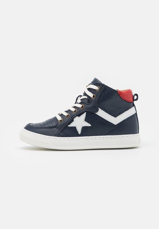 ISAK - Zapatillas altas - navy