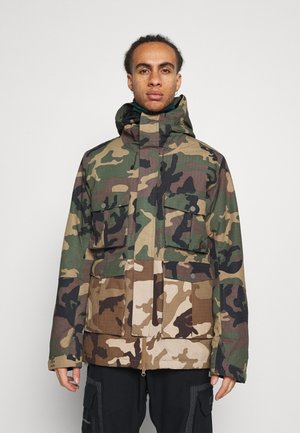 ADVERSARY - Snowboard jacket - woodland