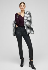 s.Oliver BLACK LABEL - Long sleeved top - dark purple - 1