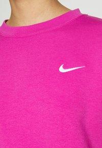 Nike Sportswear - CREW TREND - Sweatshirt - active fuchsia/white - 5
