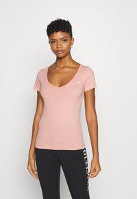 Hollister Co. - Print T-shirt - white/pastel green/mellow rose - 2