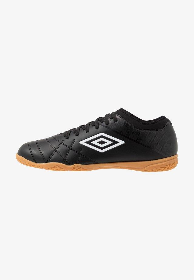 MEDUSÆ III CLUB IC - Fotballsko innendørs - black/white