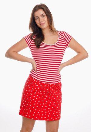 TESSA - Shirt dress - red