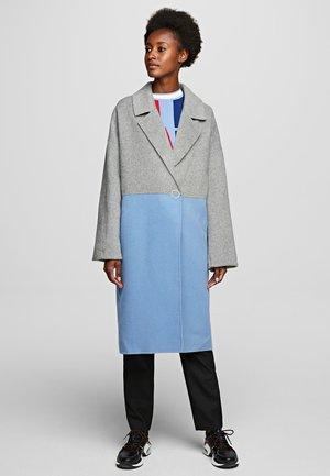 Abrigo - light blue/grey