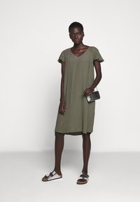 Bruuns Bazaar - LILLI FENIJA DRESS - Day dress - olive tree - 1