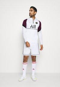Nike Performance - PARIS ST GERMAIN DRY DRIL CL - Club wear - white/bordeaux/black/truly gold - 1