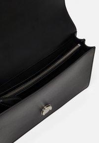 Pinko - LOVE CLASSIC ICON SIMPLY OLD - Across body bag - black - 2