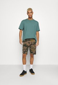 Only & Sons - ONSCAM STAGE CAMO - Shorts - olive night - 1
