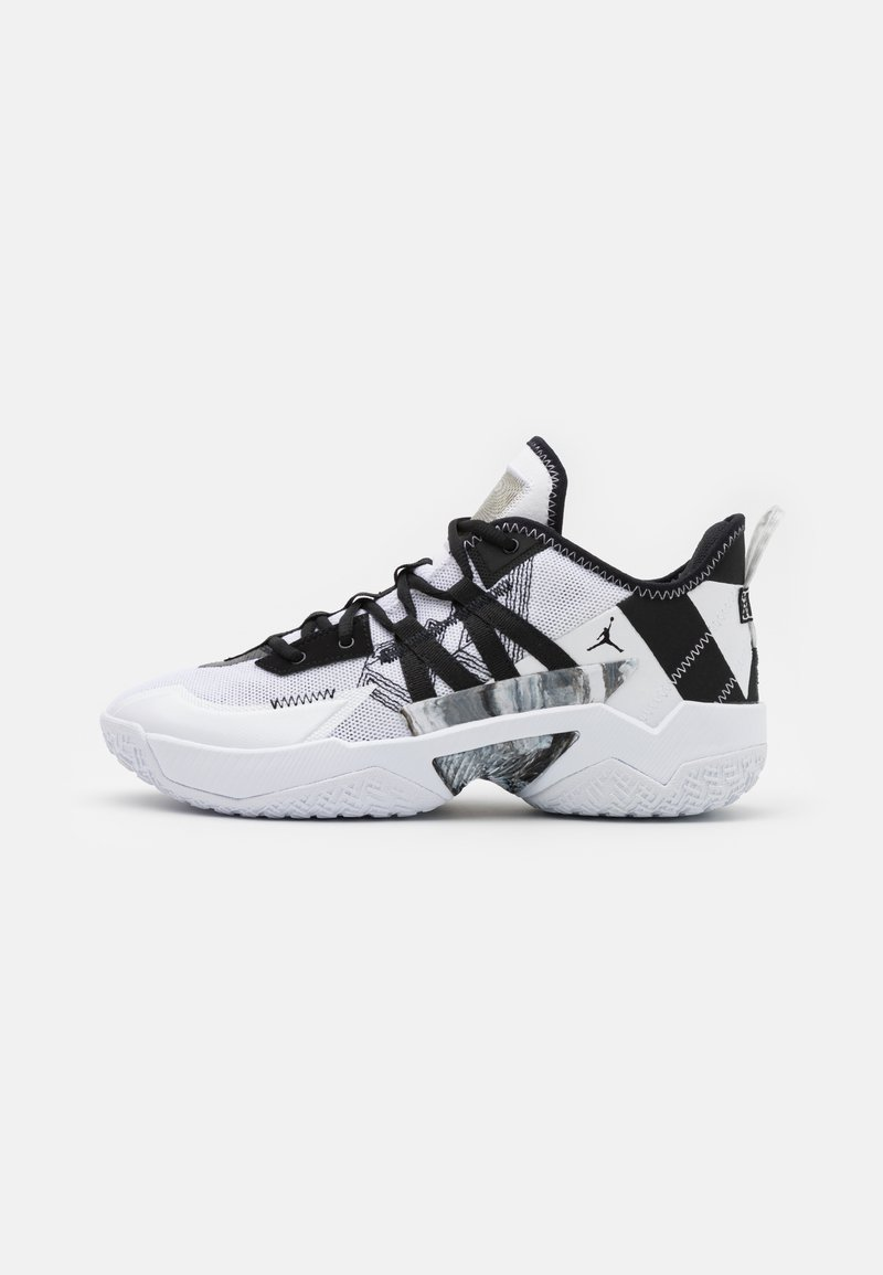 Jordan - ONE TAKE II - Basketball shoes - white/black/wolf grey