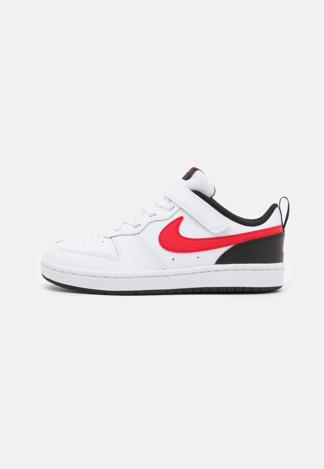 COURT BOROUGH 2 UNISEX - Sneakers laag - white/university red/black
