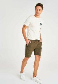 Trendyol - Shorts - green - 4
