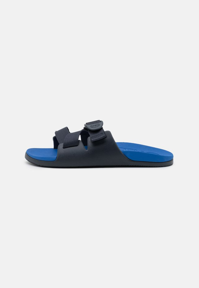 CHILLOS SLIDE - Sandalias planas - active blue