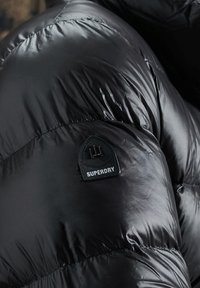 Superdry - LUXE ALPINE  - Down jacket - black - 3