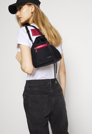 MEGAN  - Across body bag - black