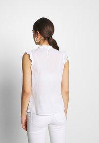 New Look - SUNNY CUTWORK PIECRUST SHELL - Bluser - white - 2