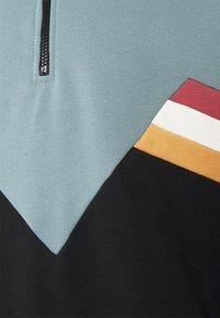 Kaotiko - CREW MALCOLM UNISEX - Sweatshirt - grey - 3