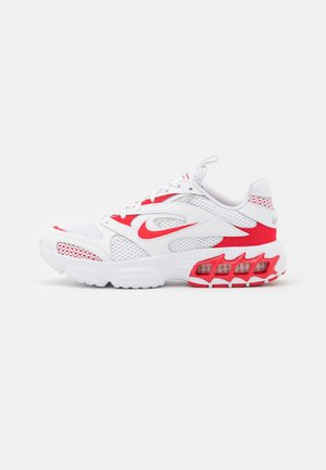 ZOOM AIR FIRE - Sneakers - white/univrse red/metallic silver