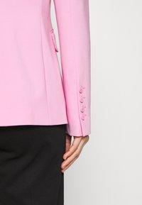 Pinko - SIGMA GIACCA PUNTO STOFFA SCUB - Blazer - fiore di rosa - 4