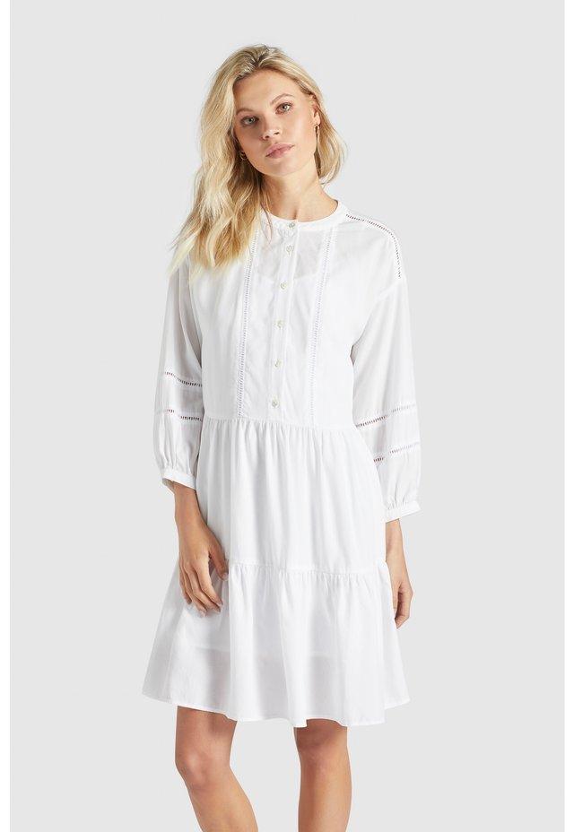 CREPES - Korte jurk - weiß