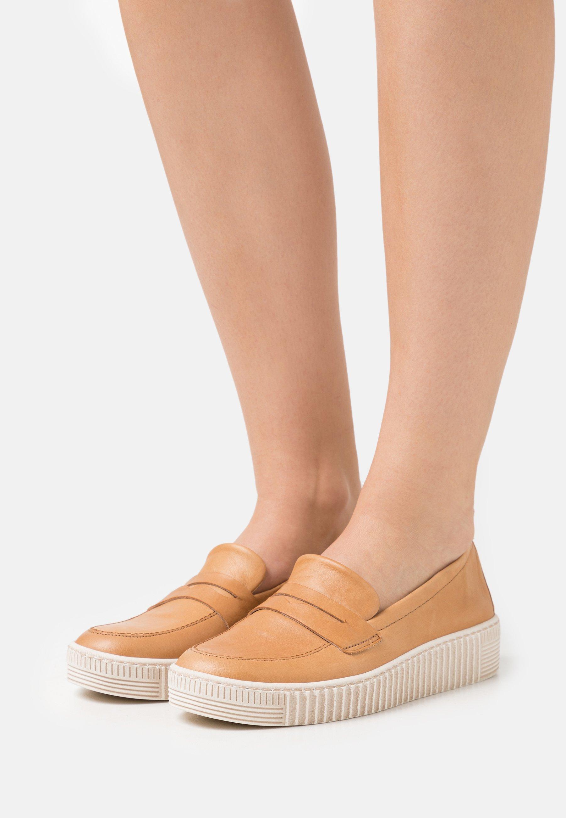 Women Slip-ons - beige