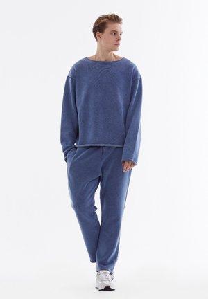 Trousers - mottled blue