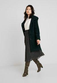 Anna Field - Classic coat - scarab - 1