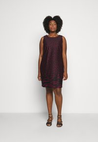 CAPSULE by Simply Be - PONTE SHIFT DRESS - Day dress - black - 0