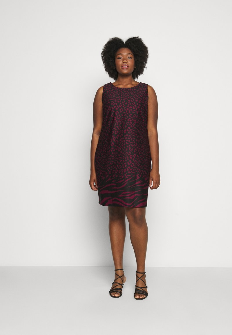 CAPSULE by Simply Be - PONTE SHIFT DRESS - Day dress - black