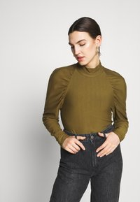 Gestuz - RIFA TURTLENECK - Sweatshirt - dark olive - 0