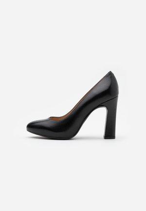 PATRIC - Lodičky na vysokém podpatku - black