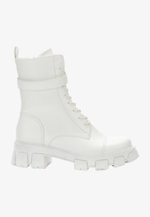 Platform-nilkkurit - white
