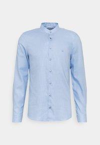 Calvin Klein Tailored - MOTIF EASY CARE SLIM SHIRT - Formal shirt - light blue - 0