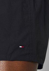 Tommy Hilfiger - 2 PACK - Boxer shorts - red/dark blue - 5