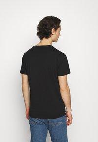 Replay - CREW TEE 3 PACK - Basic T-shirt - chalk melange / black / dark gery melange - 2