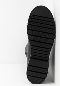Tommy Jeans - YVONNE  - Boots - black - 6