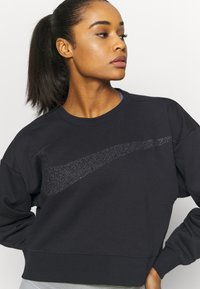 Nike Performance - GET FIT - Sweatshirt - black/dark smoke grey