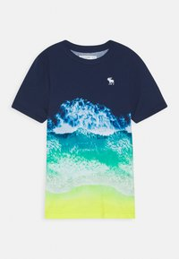 Abercrombie & Fitch - PHOTOREAL ALL OVER - T-shirt z nadrukiem - navy - 0