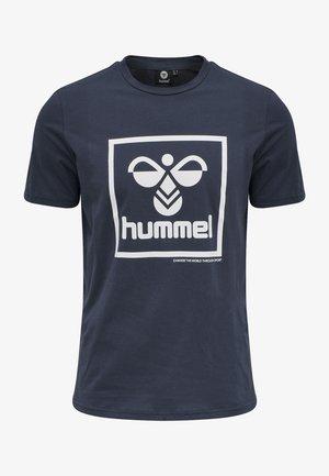 HMLISAM - T-shirt med print - blue nights