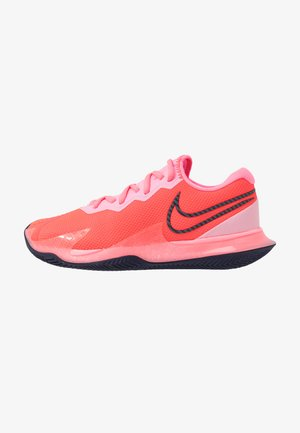 COURT AIR ZOOM VAPOR CAGE 4 CLAY - Clay court tennis shoes - laser crimson/blackened blue/pink