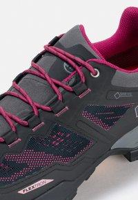 Mammut - Hiking shoes - phantom-dark pink - 5