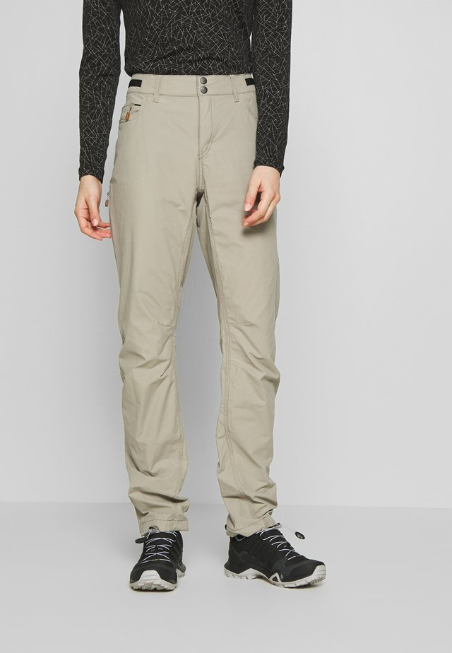 SVALBARD LIGHT PANTS - Kangashousut - sandstone
