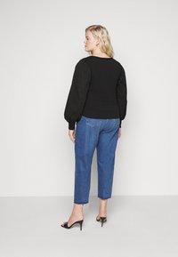 Pieces Curve - PCMERVE - Sweatshirt - black - 2