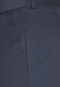 Isaac Dewhirst - BIRDSEYE SUIT - Garnitur - dark blue - 7