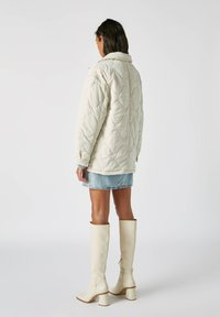 PULL&BEAR - Płaszcz zimowy - beige - 2