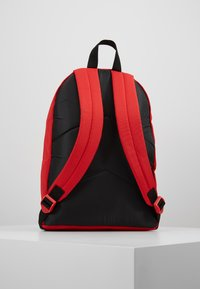 Converse - DAY PACK - Rucksack - red - 3